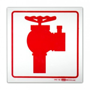 hydrant-safequipSigns-700x450